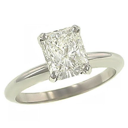Solitaire_diamond_ring_2